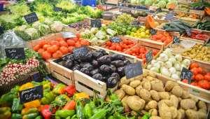 Étal de marché légumes