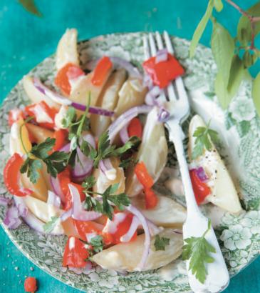 Salade de pommes de terre et poivrons rôtis