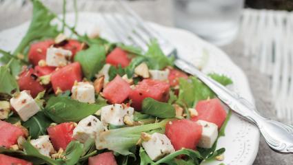 Salade de pastèque et roquette au chèvre
