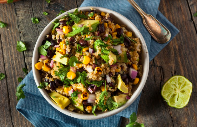 Salade mexicaine au quinoa et au chanvre
