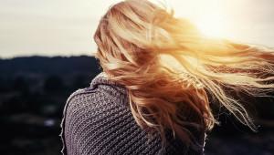Solutions naturelles pour des cheveux en bonne santé