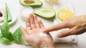 Prendre soin de ses mains naturellement