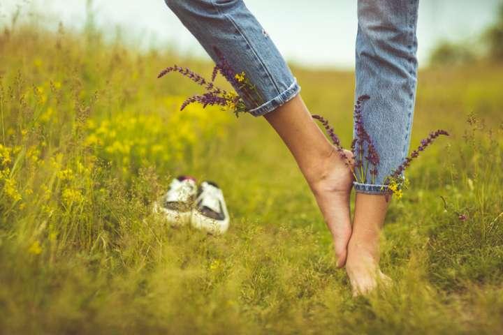 Les huiles essentielles pour tonifier ses jambes