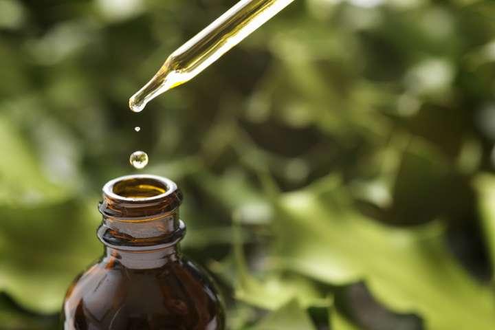 Se protéger du coronavirus avec les huiles essentielles