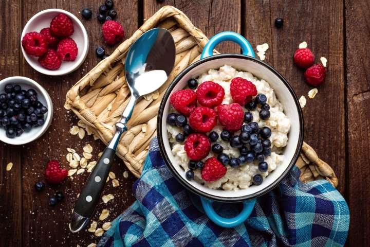 Porridge aux fruits des bois