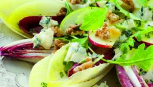 Salade d'endives et pommes vertes au bleu