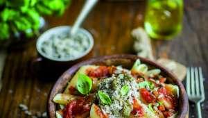 Penne à la sauce tomate et tournesol