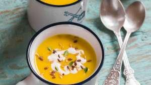 Déjeuner : Soupe de courge musquée, pois chiches et courgettes